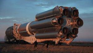 Proton-M con unidades Briz-M